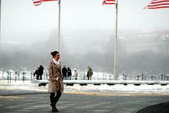 walk in the wind (1-2-3 cheese) Tags: street winter snow color girl washingtondc candid d80 nikond80 mùađông chuplen congái winter2009 áochoàng thủđôhoathịđốn