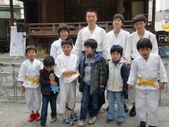 大鳥神社神楽殿演武12