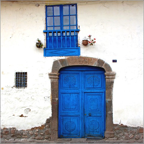 blue door and window... by Zé Eduardo...