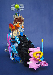 """We Can Make a Bat-submarine (Patent Pending)"": LEGO Movie Submarine Front View (Imagine) Tags: lego benny rainbows emmet wyldstyle vitruvius cloudcuckooland unikitty imaginerigney micromanagers thelegomovie legomoviesubmarine"