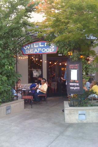 willi's winebar Healdsburg