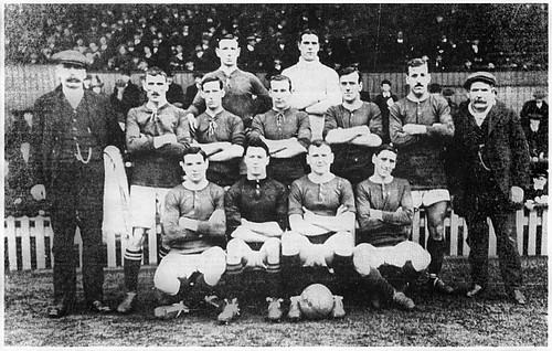 Manchester United 1912/13 team photograph