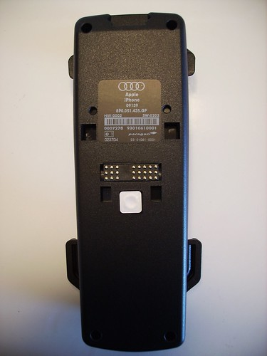 OEM IPhone Cradle Review - Audi iphone 6 car mount