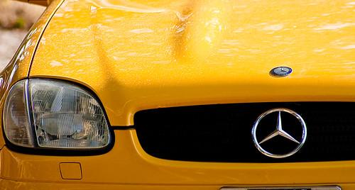 Canary BMW