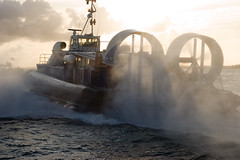 Isle of Wight Hovercraft (Play up Pompey) Tags: ocean uk sunset sea england hampshire isleofwight portsmouth southsea hovercraft thesolent