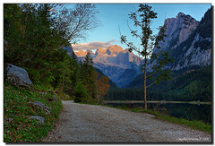Last Light (Fraggle Red) Tags: mountains austria evening sterreich dusk dachstein canonef1740mmf4lusm obersterreich hdr lastlight upperaustria naturesfinest gosausee 3exp vorderergosausee dphdr hallstattglacier dachsteinmassif
