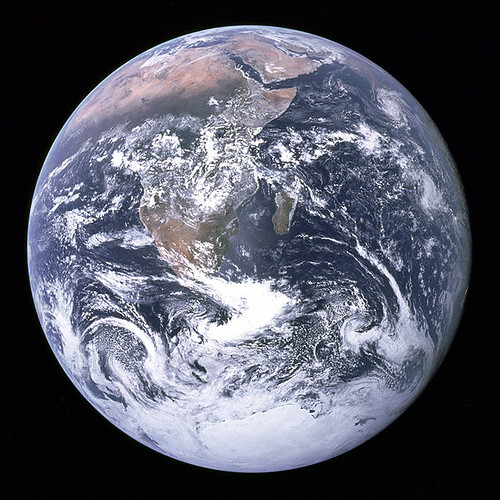 the-earth-seen-from-apollo-17