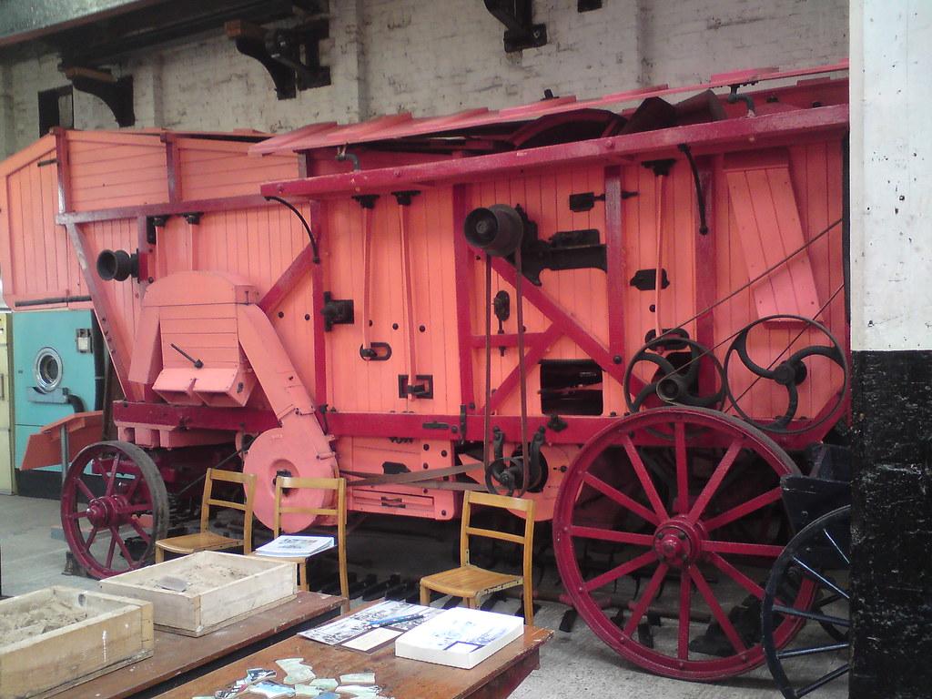 Garrett threshing Machine