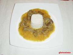 076 BISTEC CON CURRY