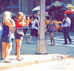 عشَـَـآني طنْش الدنيآ' .. وهمِك لآآ تفكَر فيُـه (S A R A ' S A A D ♥) Tags: new york ny