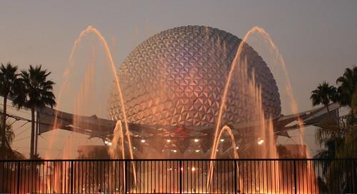 Spaceship Earth & Fountain