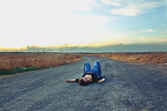 day 64 ...outtake (Jasmin Bauer) Tags: carretera autoretrato tumbada jblamejor lamejorao
