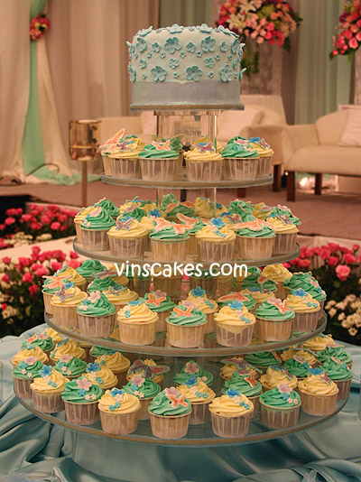 Edward & Felicia Engagement Cupcake