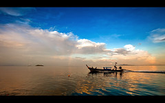 tropical bliss (millan p. rible) Tags: sunset sea water clouds thailand boat rainbow horizon tropical phuket bliss andamansea phuketthailand leefilters canonef1635mmf28liiusm canoneos5dmarkii millanprible tropicalbliss 06ndgradsoft