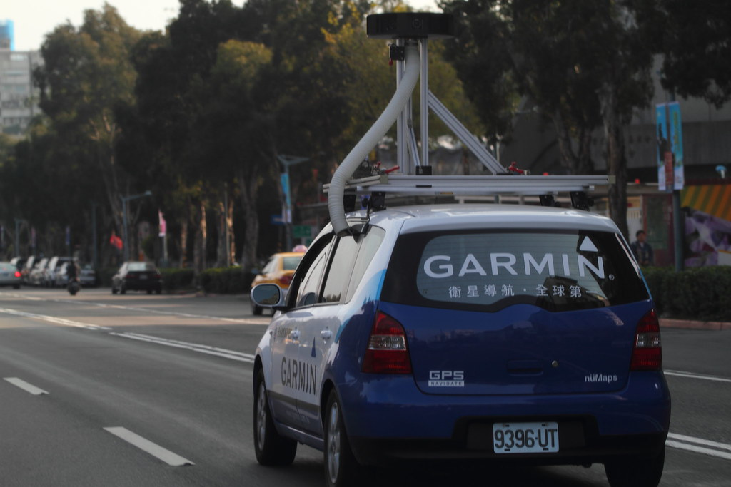 garmin street view car