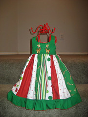 Raleigh's Christmas Dress 09 (regina h) Tags: analise sanddance sandihenderson fabricfinders