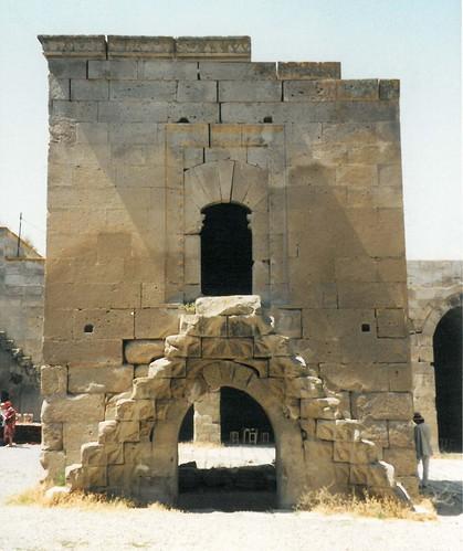 tk1996-han Agzikarahan mosquée