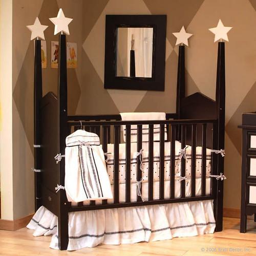 Bratt Decor Heritage Crib