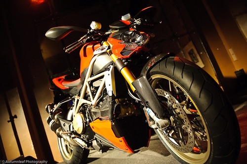Ducati StreetFighter-8 (by autumn_leaf)
