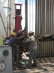 Tallying Drill Pipe - Wave Energy (Jeff Rand - Wave Energy Corporation) Tags: energy texas oildrilling roughness jeffrand waveenergy zapatacounty drillpipe degarza oilandgasinvestment tallyingdrillpipe