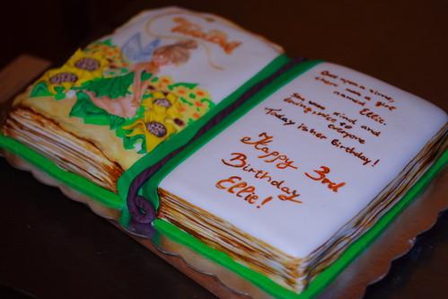 Ellies3rd Bday cake041