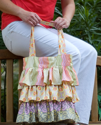 flirty-ruffle-bag-4