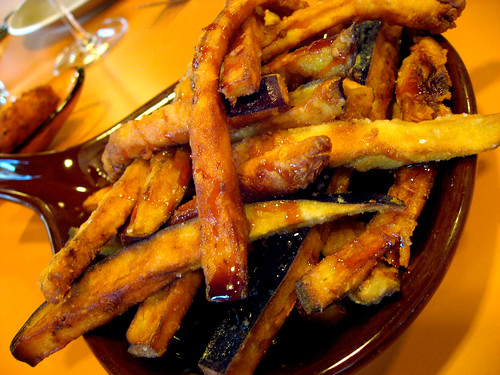 Light and crispy eggplant fries. Quite an interesting starter.