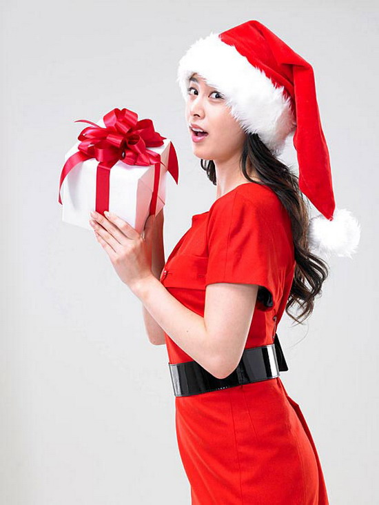 Kim Tae Hee' Christmas AD Photos - beautiful girls