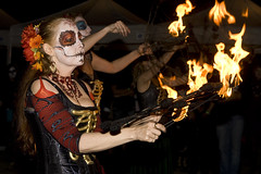 dia de los muertos120 (Misty O'Dell) Tags: art dayofthedead altar fireperformance celebrationoflife eldiadelosmuertos celebrationofdeath