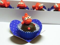 Blinky (3 eyed orange fish)- the simpsons - truffles - ALL EDIBLE