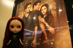 bella before our 2nd viewing of new moon (cybermelli) Tags: movie poster eclipse twilight chat doll theater tshirt blythe bella merry newmoon custom tee skier cappuchino rbl