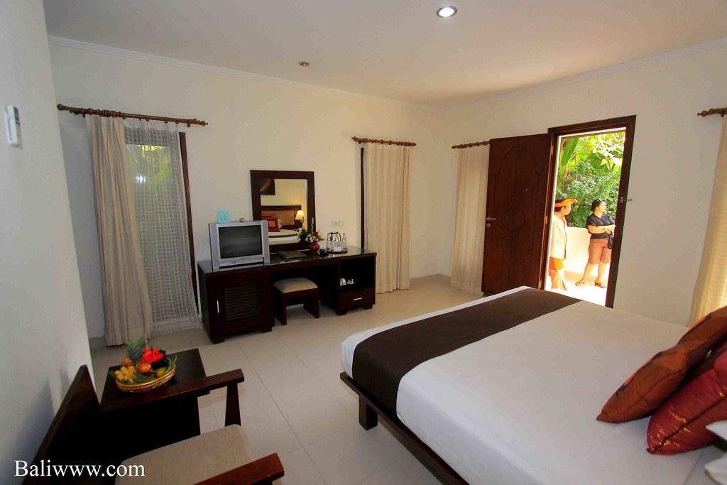 Puri Raja Hotel - Deluxe Room