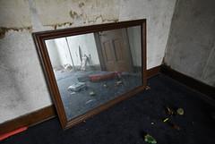 (4 of 20) (aaronmconway) Tags: abandoned farmhouse kentucky ky