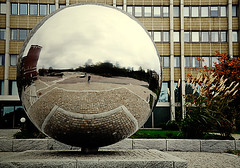 skf (infing) Tags: sten rund spegel