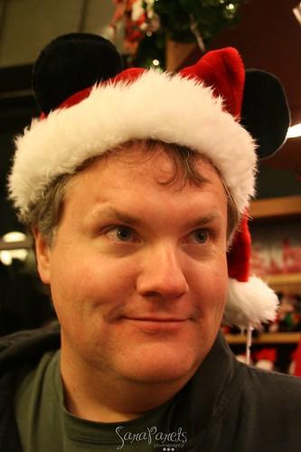 Mickey Santa Matt