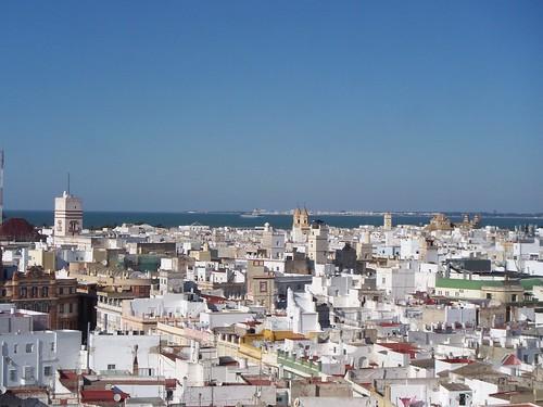 La ciudad y sus múltiples torres,vista desde la torre de Poniente de La Catedral Nueva de Cádiz.