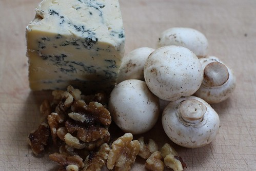 bluecheese, walnuts, mushrooms