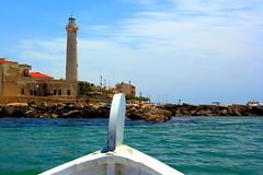 ... accoglienza! (... welcome!) (antonioprincipato) Tags: canon faro barca nuvole mare sicilia ragusa prua puntasecca antonioprincipato