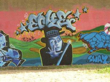 Graffiti an der Neckarbrücke