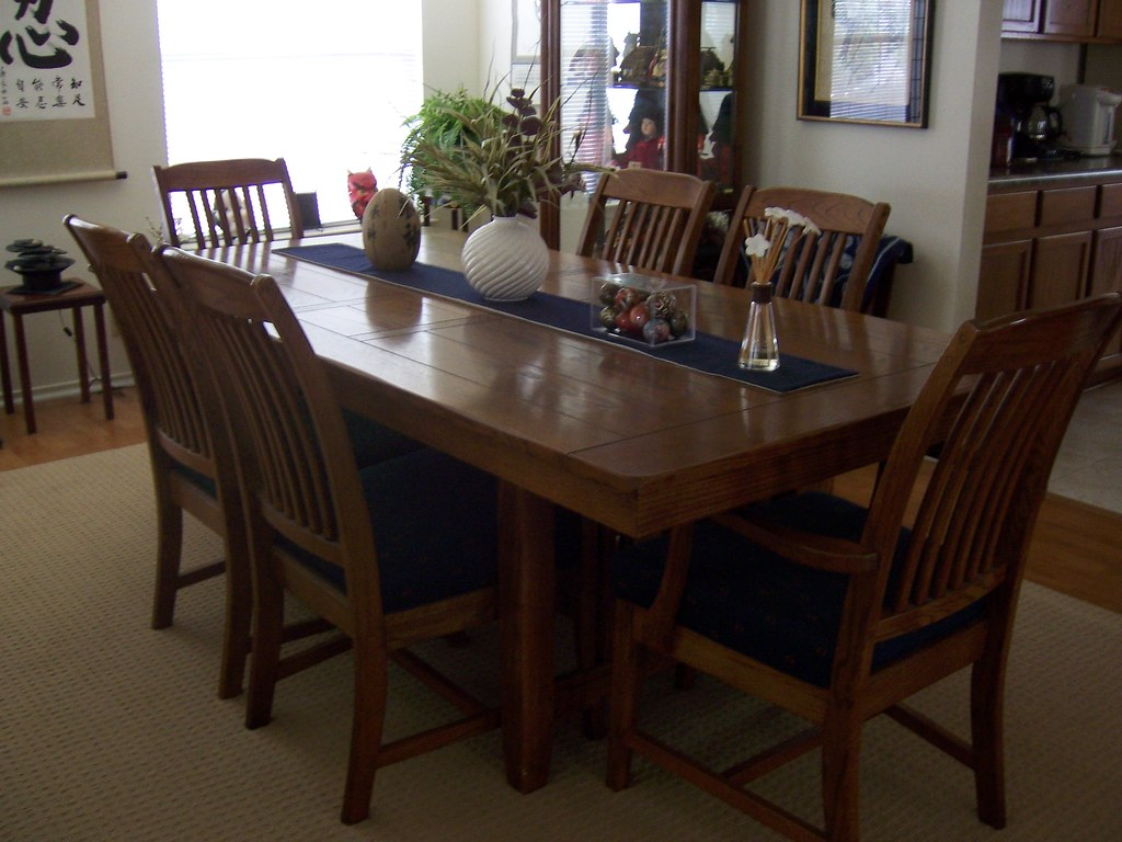 solid wood dining table - 800.00