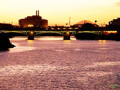 Puente de Triana (Di Gutti (diegogutierrez79@gmail.com)) Tags: bridge sunset espaa rio river puente atardecer photo sevilla spain guadalquivir seville andalucia explore ocaso gettyimages triana sanjosdelarinconada diegogutierrez sevillan         sevillban