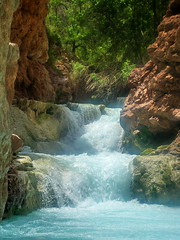 Beaver Falls - Grand Canyon (Al_HikesAZ) Tags: park trip blue arizona water pool creek river waterfall nationalpark colorado hiking grandcanyon dive aquamarine grand diving canyon hike falls beaver rafting national havasu raft azra senderismo  grandcanyonnationalpark descubrimiento beaverfalls havasucreek gcnp  azwexplore alhikesaz   gc2009 arizonaraftadventures