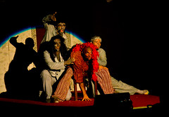 Quasimodo (Daniele Panozzo) Tags: night teatro musical spettacolo highiso quasimodo savona recitazione trincee natidaunsogno