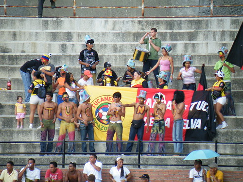 Banderas de los Tucanes de Amazonas