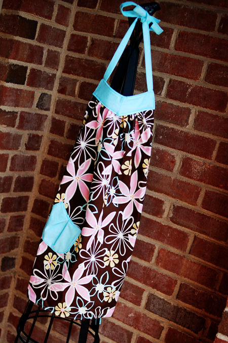 girl's apron