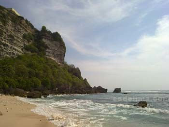Bukit Selatan Pantai Suluban