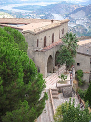 Stilo - Monastero (farsergio) Tags: travel italy holiday italia reggiocalabria viaggio calabria vacanza monastero stilo farsergio