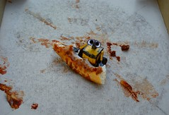 Day 316 - WALL-E Ate All the Pizza (cappndave) Tags: food toy robot sony pizza eat ate walle oneobject365daysproject sonya200