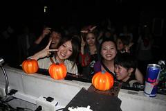 IMG_9558 (Edmond_jp) Tags: party halloween organize mcosmo