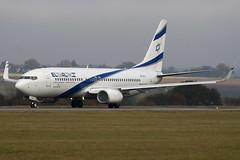 4X-EKL - 35487 - El Al Israel Airlines - Boeing 737-85P - Luton - 091109 - Steven Gray - IMG_4363